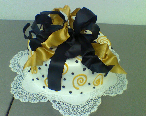 Dot_Swirlee_Birthday_Cake252