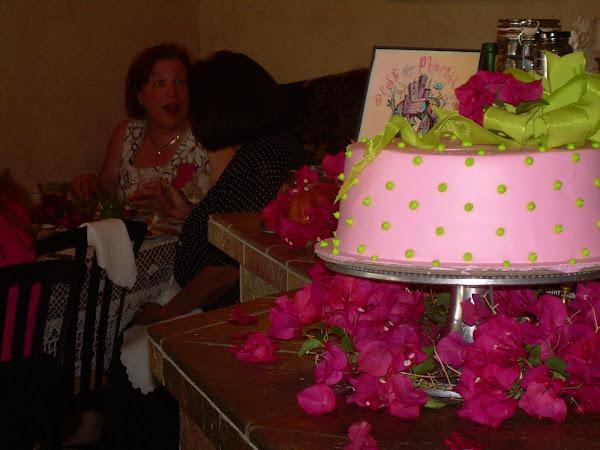 Tea_Party_Cake229.jpg