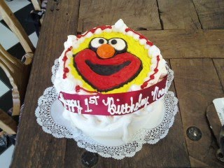 Elmo_Birthday_Cake190.jpg