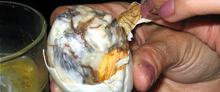 Balut image from Cracked.com
