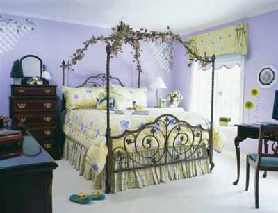 Home Decoration Design: Beautiful Bedroom Decorating Ideas For ...