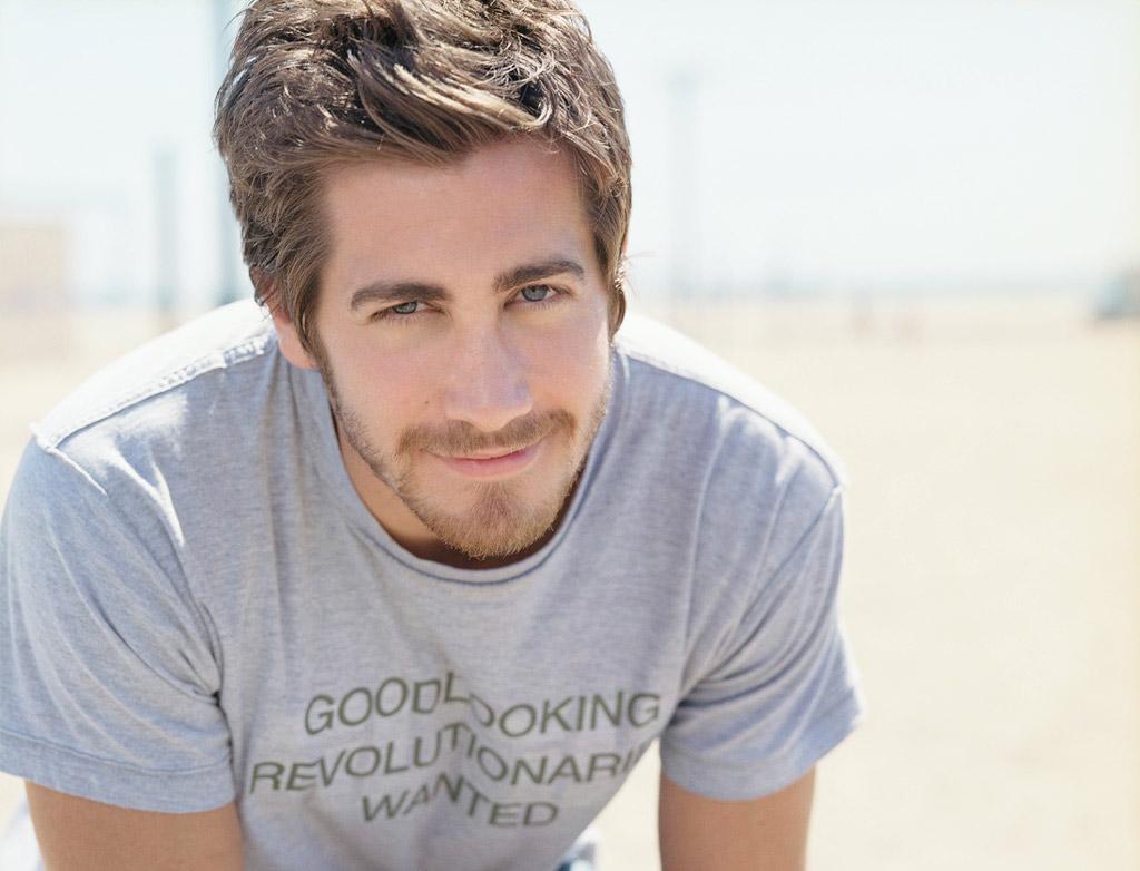 http://4.bp.blogspot.com/_hb5Uj5Q5YK0/S9hg2tDPJrI/AAAAAAAAB4E/0FoYXUpbWDA/s1600/Jake_Gyllenhaal.jpg