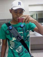 iney adq zamri . dek , sygg kaw sgtsgt lah ! kaw sgt sweet plus caring . ilysm (: