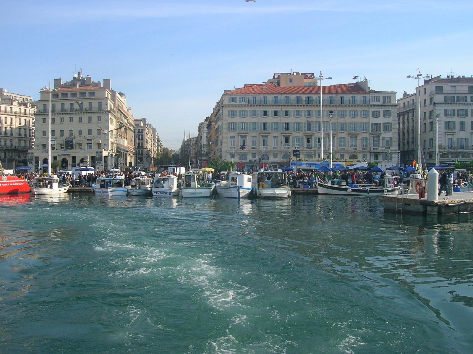 Marseille, vue de la Mer.