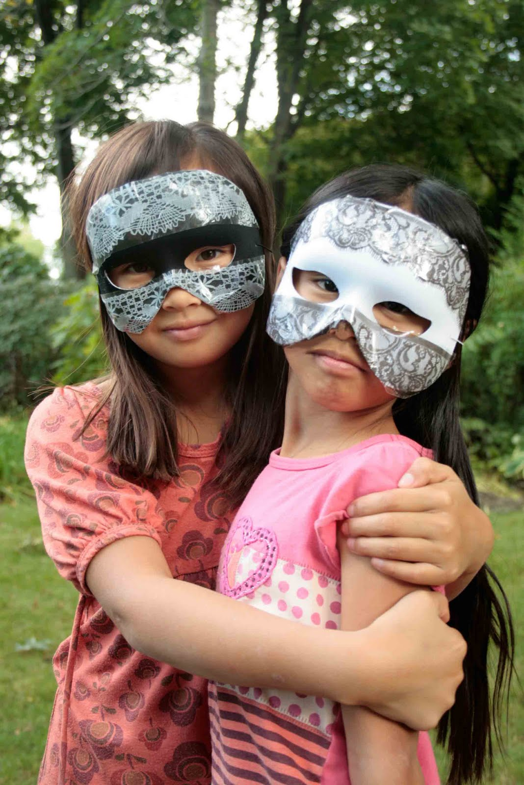 [Girls-in-Mask-1.jpg]