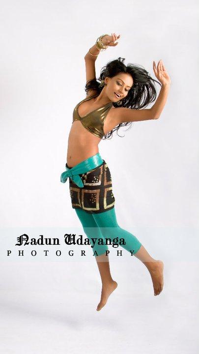 http://4.bp.blogspot.com/_hdL0BfpTMV0/TINCvHPmD3I/AAAAAAAAG7U/mtkMht3NwIE/s1600/Nilushi+Abeykoon.jpg