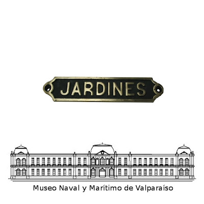 museo naval souvenirs