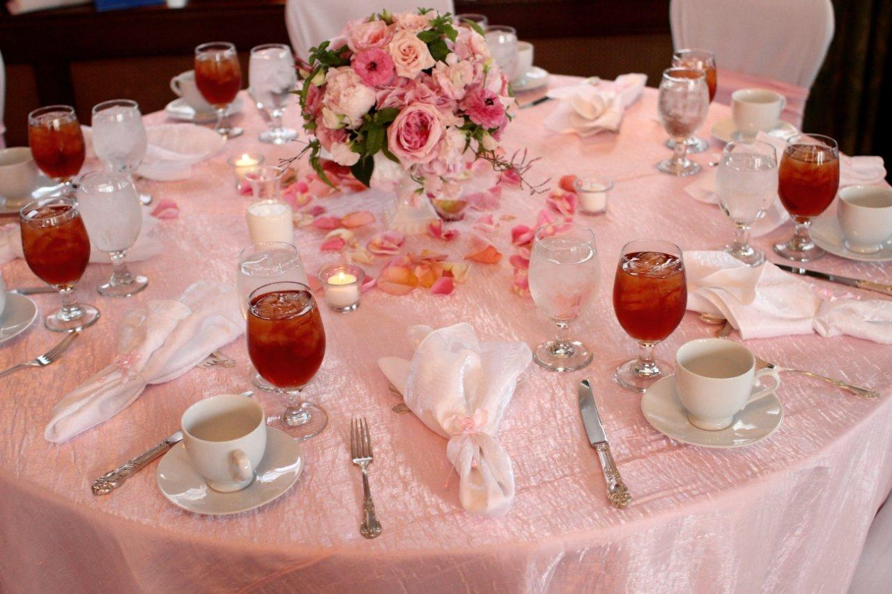 Bella fiori designs flowers for weddings in washington Baby shower table setting