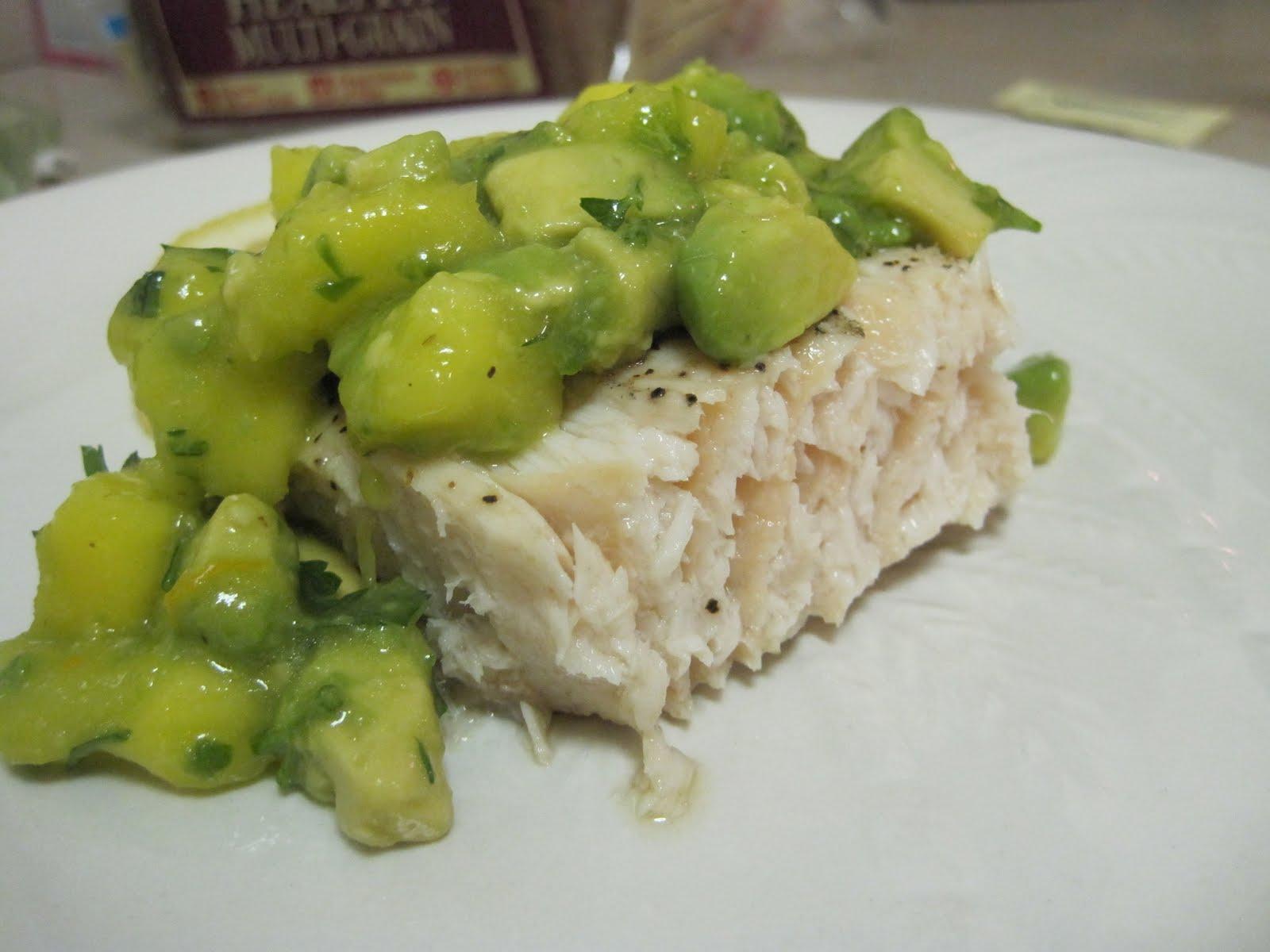 Bicoastal chefs grilled opah with mango avocado salsa for Opah fish recipes