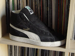 Puma hi-top suedes