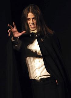 Dracula compagnia Thealtro foto