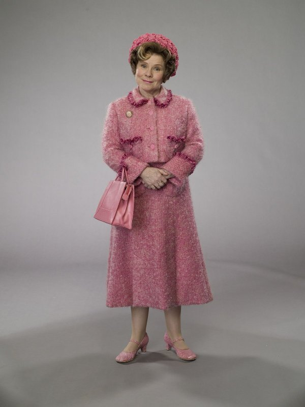 Kitchen And Residential Design A Bath For Delores Umbridge