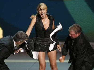 Heidi Klum Strips For Emmy