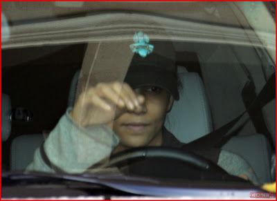 What Halle Berry Looks Like Without MakeUp 