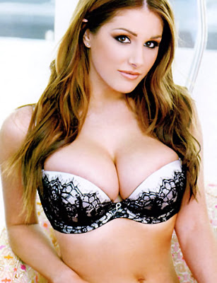 Women Envy Lucy Pinder's Breasts