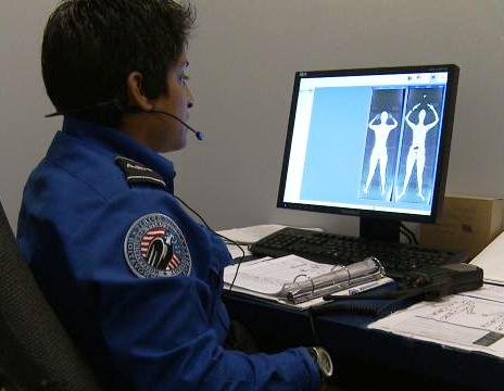 Group Demands Congress Halt Funding For TSA Body Scanners Backscatter+Operator