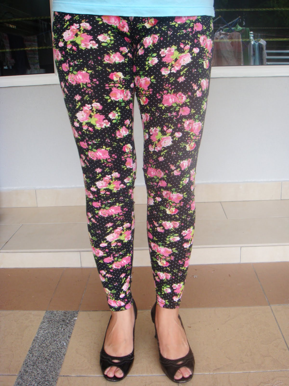 House of Leggings: Floral Footless Cotton leggings 2