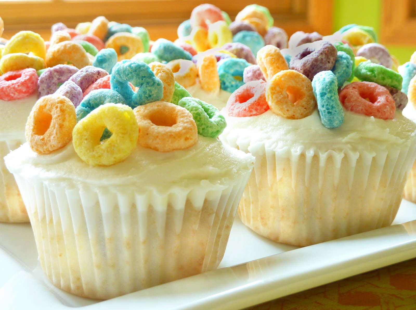 Cake With Fruit Loops : Froot Loop Cupcakes ~ Whimsical Cookery