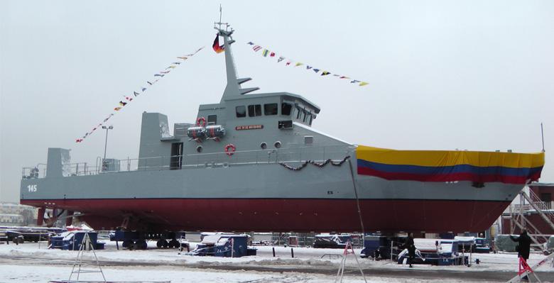 Navio patrulheiro CPV-40 adquirido pela Armada Nacional da Colômbia é lançado à água