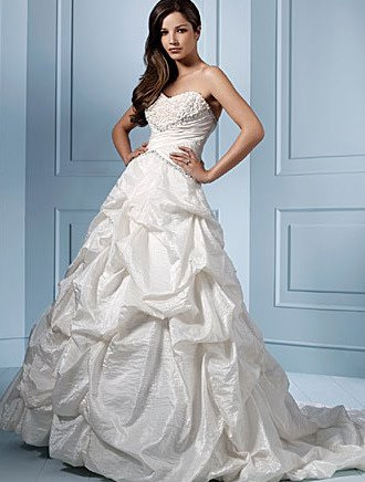 Wedding Bridal Gown of  Alfred Angelo Saphire