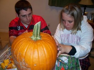 Ashley and Mark carve Pumpkins!