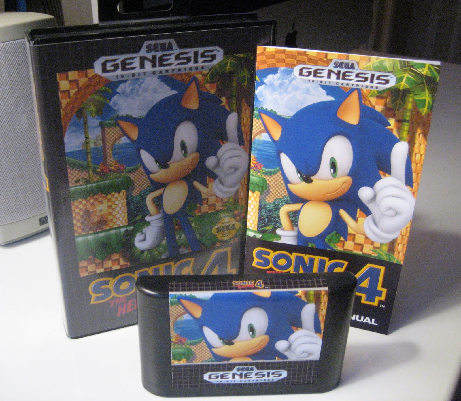 the nomad junkyard arts crafts make your own sonic 4 genesis box. Black Bedroom Furniture Sets. Home Design Ideas
