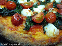 spinach-goats-cheese-pizza-close-up