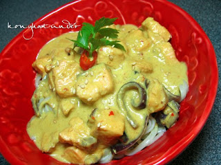 thai-red-curry-salmon