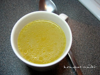 clear-chicken-broth-soup