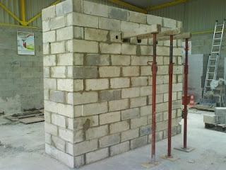 La ma onnerie facile les murs portes et fen tre for Prix de revient au m2 d un mur en parpaing