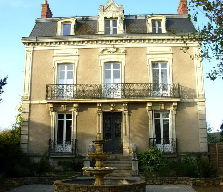 The Essence Of Frenchness Les Maison De Ma Tre