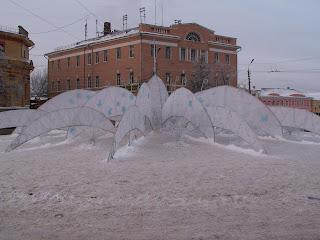 Зимняя скульптура в Туле