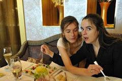 Les soeurs Nothomb take a repast