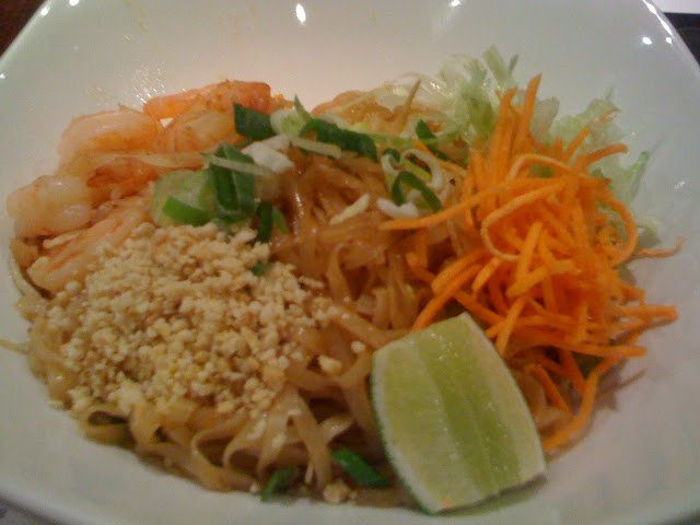 Sri+Nam+review+Canary+Wharf+Cabot+Place+phad+thai