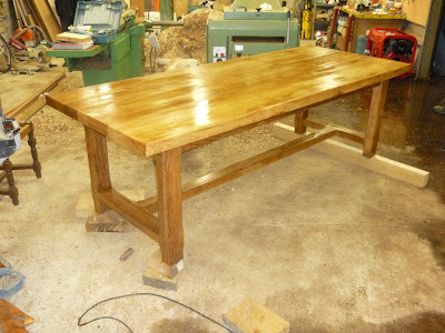 Menuiserie david gires fabrication d 39 une table de ferme - Fabrication d une table ...