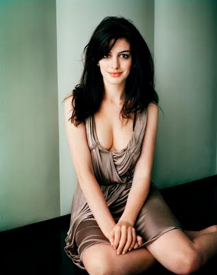 http://4.bp.blogspot.com/_hrWF8l2Swik/TTnhf1tNtlI/AAAAAAAABL8/1qHrUHpwm-8/s1600/Anne+Hathaway+sexy+pictures+and+wallpapers+wmpics2.jpg