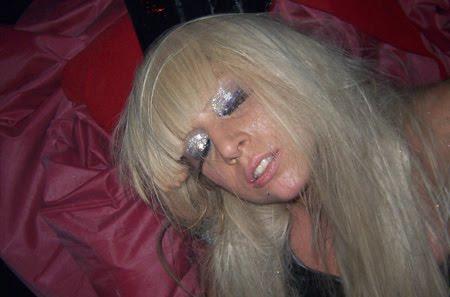 Lady Gaga nue