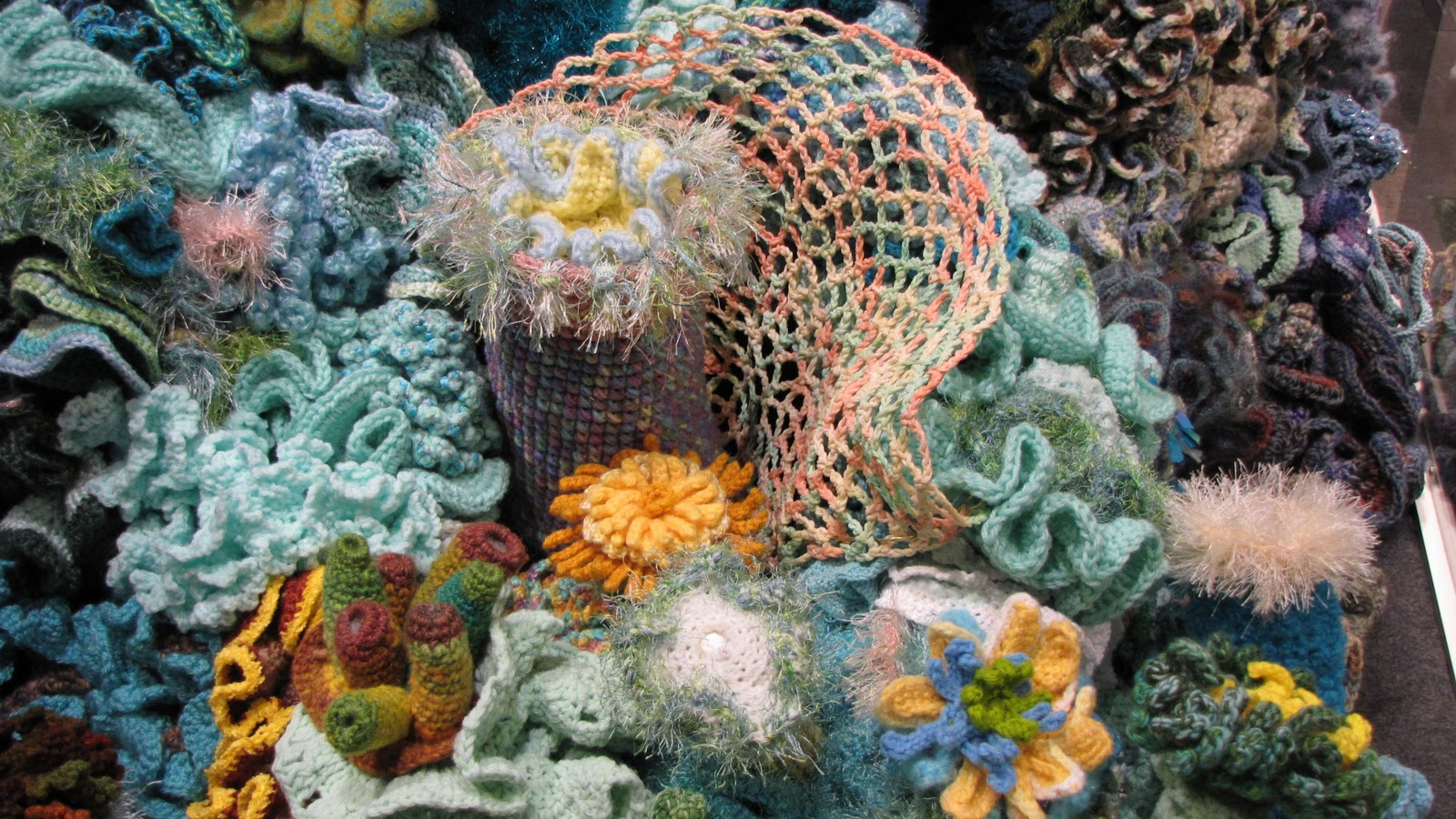 Crochet Coral Reef : The Saipan Blog: Hyperbolic Crochet Coral Reef Now Open!