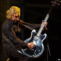 Peter hook,guitarrista de joy division.Conciertos España. Valencia,Madrid, Barcelona y Bilbao