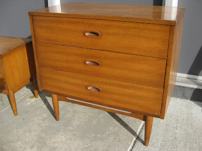 Uhuru Furniture Collectibles Sold Danish Modern Teak Bedroom Set