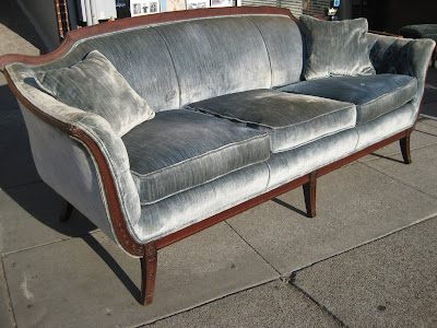 Antique Blue Furniture on Uhuru Furniture   Collectibles  Sold   Victorian Sofa    275