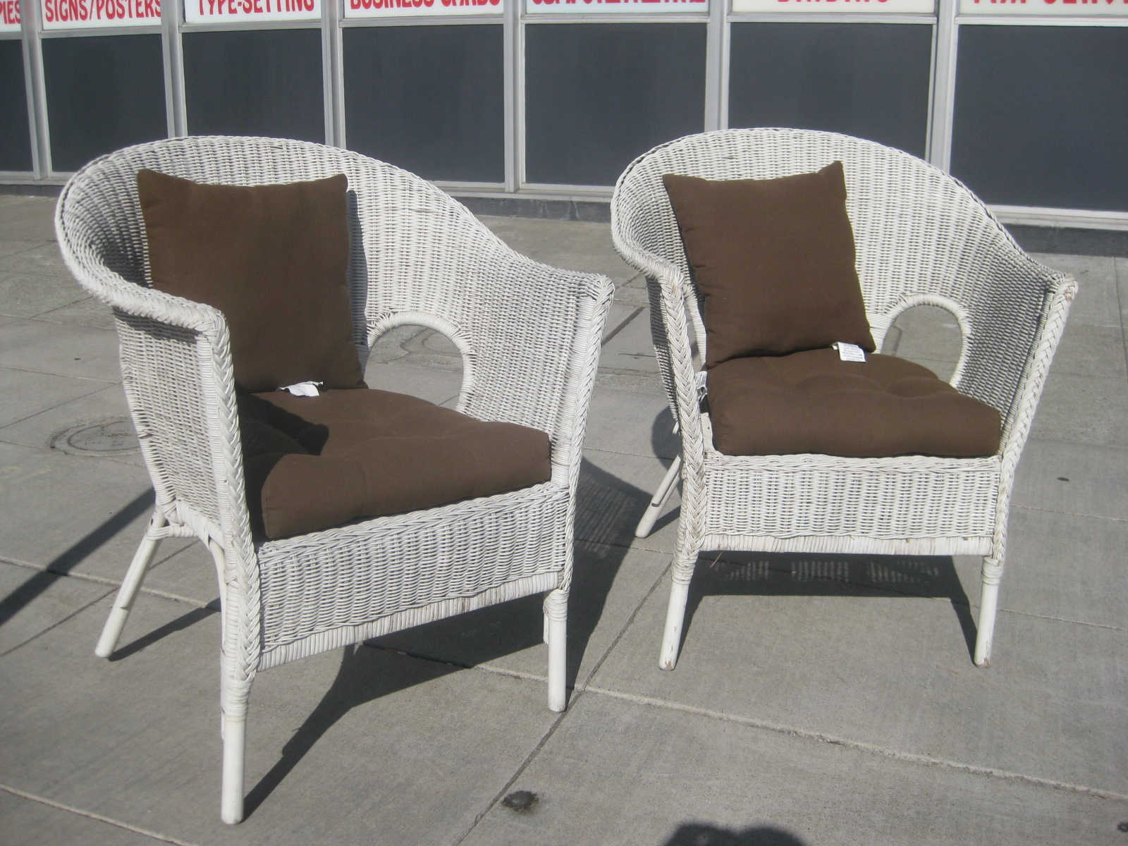 UHURU FURNITURE & COLLECTIBLES SOLD White Wicker Chairs