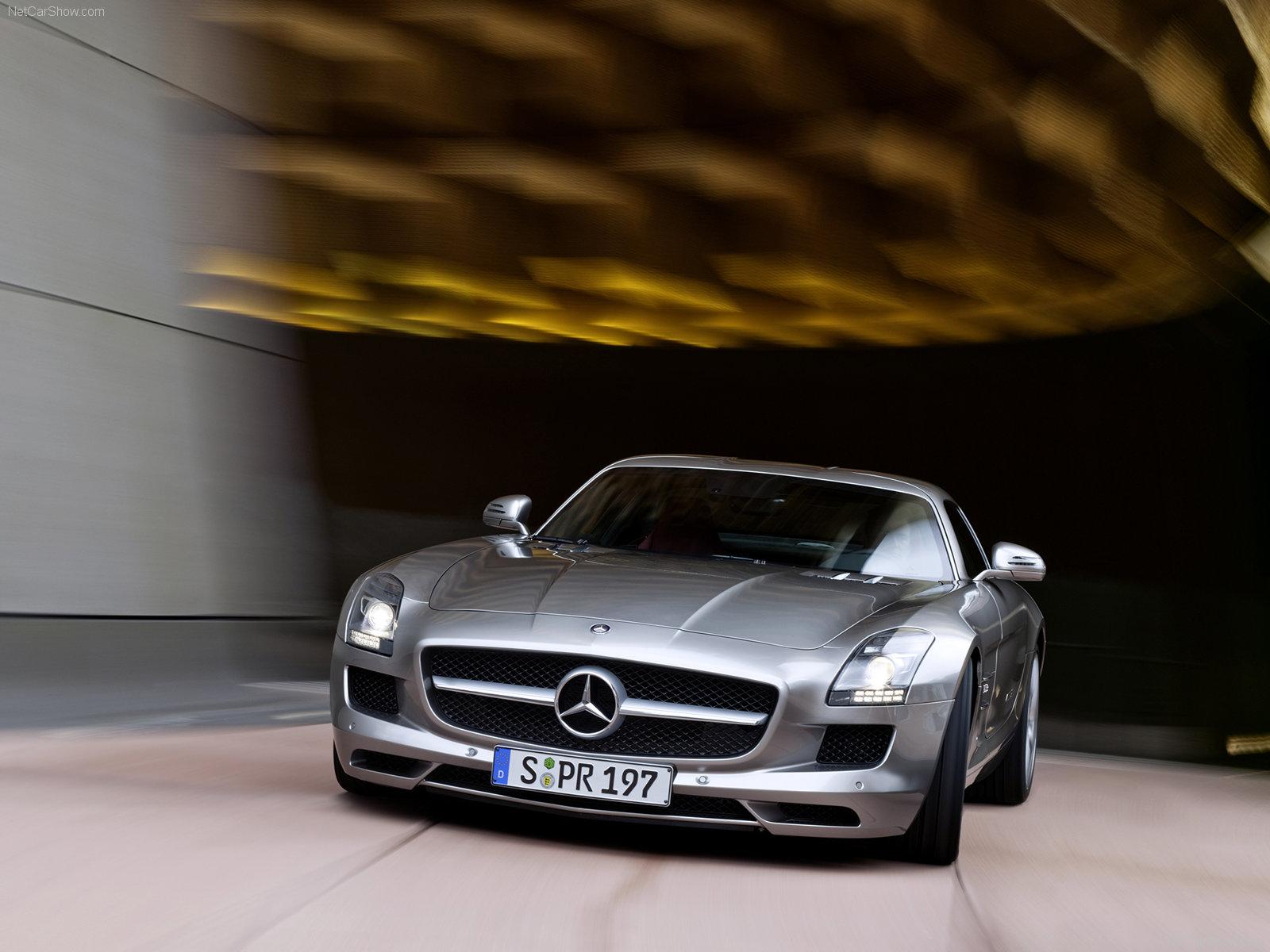 http://4.bp.blogspot.com/_hvY69lC58qs/S9nkyO7Ma5I/AAAAAAAAAGU/mfXvIj-ocEA/s1600/Mercedes-Benz-SLS_AMG_2011_1600x1200_wallpaper_08.jpg