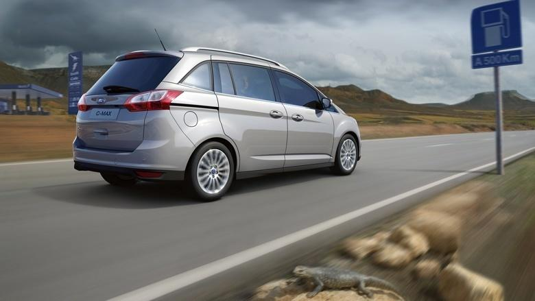 Revista coche ford lanzar una versi n especial del nuevo c max 2011 configurado entre todos