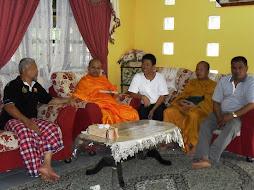 Dengan Tok Tan Wat Padang Pusing.