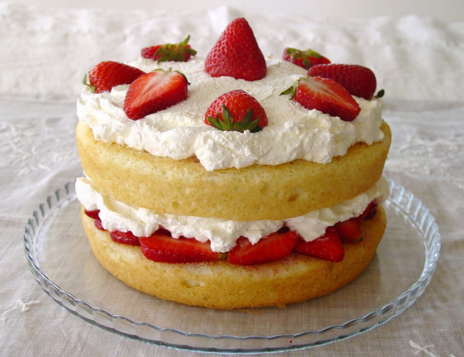 Images Of Strawberry Layer Cake : Lick The Bowl Good: Isnot She Lovely?