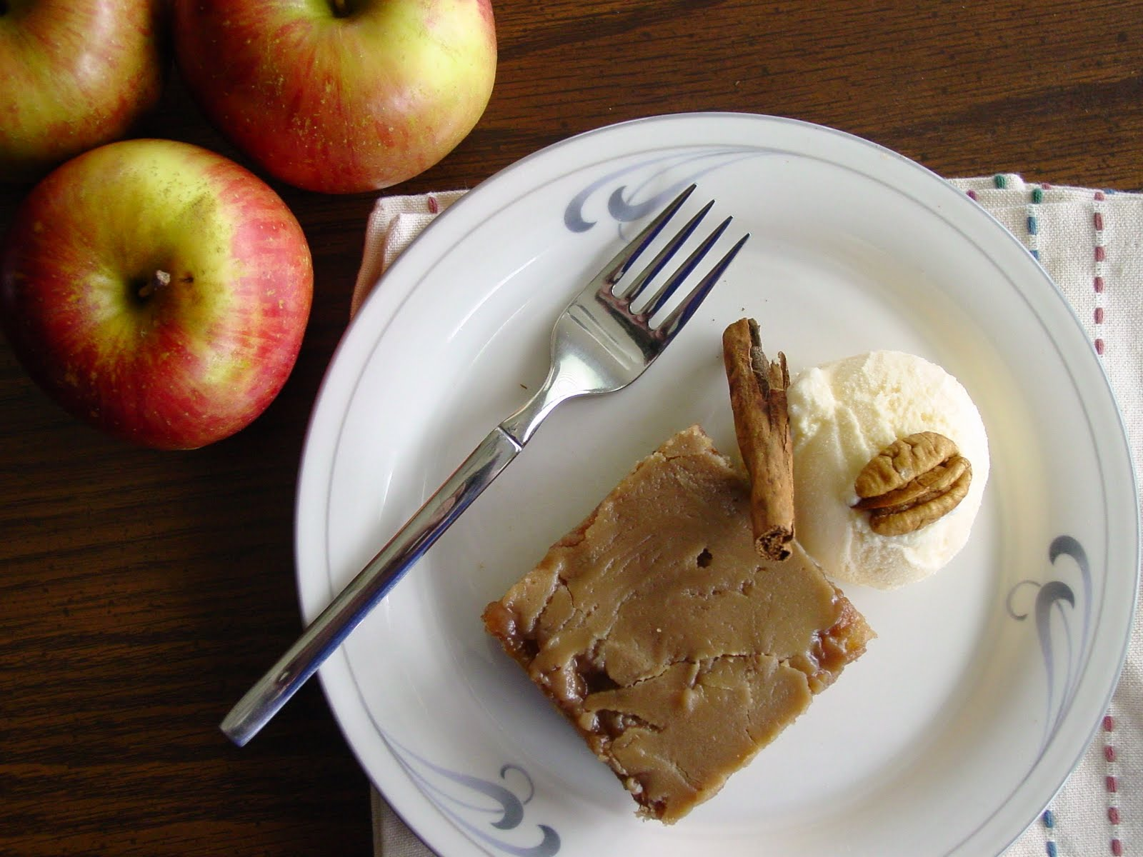 Fresh+Apple+Cake+with+Brown+Sugar+Glaze+062.JPG