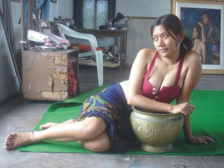 Indonesian cewe sedang mandi dirakam oleh teman