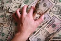 mani sui soldi