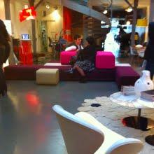 B.flex de M. Peyre était présenté au Showroom Silvera Bastille Paris, pour la rentrée design 2010